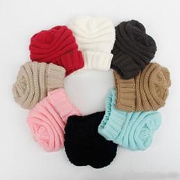 Pais Crianças Malha Chapéus bebê Moms Inverno Malha Chapéus Gorros na moda quentes Crochet Caps Outdoor Slouchy Gorros de Fornecedores de projetos muçulmanos do tampão