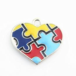 puzzlespielstück-schmucksachecharme Rabatt Neue Ankunfts-20pcs / lot Herz-Emaille-Autismus Puzzle-Stück baumeln Charme-Anhänger für DIY beacelet Halskette Schmuck