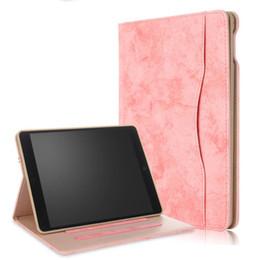 Caixa de couro do ipad da mão on-line-Negócio de dobramento de couro pu alça de mão elástica stand case para apple ipad air 2 ipad 2018 2017 funda tablet capa para ipad air2