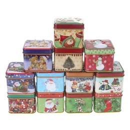 2019 casi di latta natale 12pcs Mini Square Christmas Tin Regalo Candy Box Cookies Baking Gift Packing Natale Babbo Natale pupazzo di neve stampato sconti casi di latta natale