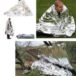 cobertores de sobrevivência de prata Desconto New Camping Portátil de Emergência Cobertor de Primeiros Socorros Sobrevivência Resgate Cortina Tenda Ferramenta de Caminhadas Ao Ar Livre Kits de Prata Dupla Face Protetor Solar Cobertor