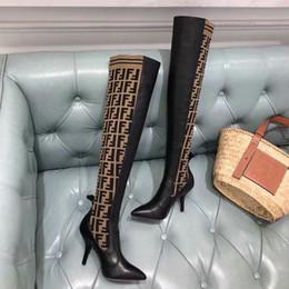Canada Nouveau Designer Femmes Marque De Luxe Marque Cuisse Haute Chaussette Bottes En Cuir Véritable Genou Botte De Mode 2018 Paris Femmes Occasionnels Chaussures avec Boîte Offre
