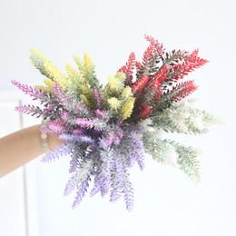Künstlicher lavendel plastik online-5 Gabeln / Bouquet Kunststoff Blume Romantische Provence 5 Farben Künstliche Blumen Lavendel Dekoration Hochzeit Garten Dekor