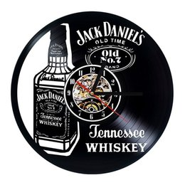 Wholesale quartz decor - Jack Daniels Whiskey Vinyl Wall Clock Modern Home Decor Fashion Room Decoration Wall Art Clock (Size: 12 inches, Color: black)