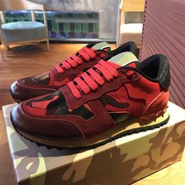 Wholesale Garavani Camouflage Rockrunner Trainer Dentelle Sneaker Tissu Toile En Cuir Chaussures de Course En Plein Air Sneakers Casual Chaussures Pour Pieds Plat