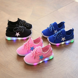 Wholesale Ventilated Running Shoes - New spring fashion knit ventilate Cute Baby Children Kids Boys Girls star LED Light Up lace-up Luminous Glowing Shoes Sneakers