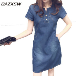 2019 jeans vestono più le donne di formato QAZXSW 2018 Plus Size Abiti per le donne Denim Summer Dress Harajuku Women Casual Jeans Dress Con Pocket Vestidos Feminino HB660 jeans vestono più le donne di formato economici