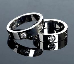 Wholesale popular box sets - Popular Men womens fashion couple rings Luxury brand Gold Silver diamond classics Round finger ring Original Box