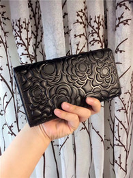 Wholesale Embroidery Wallets - Most popular National fashion queen unique camellia flower embroidery design sheepskin leather wallet women