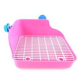 Pet Cat Coniglio Pipì Toilette di plastica Toilette di plastica Criceto Guinea Pig Litter Tray Corner Pet Litter Vassoio di addestramento 28 * 22 * 15 cm da