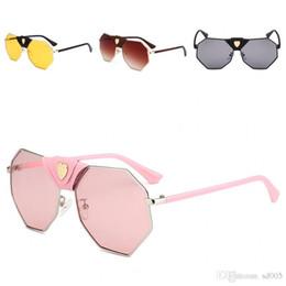 6e5d1ee1af Creative Gifts Travel Sunglasses Lover Fashion Large Frame Sun Glasses For  Men And Women Novelty Love Heart Decor Eyeglasses 19hy Z