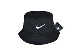 Wholesale summer womens foldable hats - Fashion 2018 bucket cap hot Foldable Fishing Caps polo Bucket cap Beach Sun Visor Sale Folding Man Bowler Cap For Mens Womens Good quality