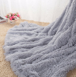Wholesale King Pink Blanket - 2018 New DropShipping Sofa Air Bedding Throw Blankets Mantas White Pink Grey Fleece Fluffy Plush Bedspread Couverture Polaire Plaids blanket
