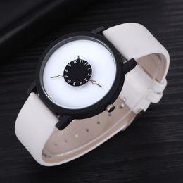 2019 спортивные наручные часы белые Watches For Men  Watches Top  Fashion Sport Man Watch Leather White Band Wrist Watch Clock Relogio Masculino дешево спортивные наручные часы белые