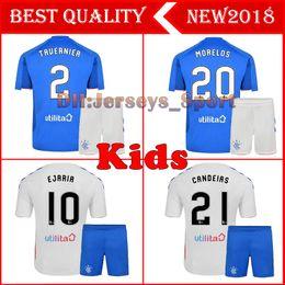 camisas uniformes brancas Desconto 2019 Rangers FC Casa Azul kit crianças Camisas De Futebol 18/19 Glasgow Rangers Casa Fora Uniforme Da Camisa Do Futebol Branco