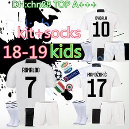 18 19 Juventus RONALDO home Soccer jersey 2018 2019 kids kit+socks  Bernardeschi DYBALA HIGUAIN Football shirt D. Costa Pjanic Chiellini BOYS 5f12a2b5e