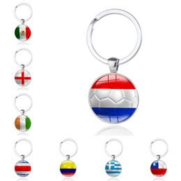 Держатель флага автомобиля онлайн-Чемпионат мира по футболу 2018 года флаги страны футбол брелок футбол сувенирные болельщики ключи от машины сумка брелки подарок ювелирных изделий бесплатно DHL G209S