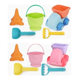 Wholesale fun piece - 5 Pieces Soft Rubber Plastic Kids Beach Tool Toy Set Sand Fun Playing Bucket Shovel Transport Truck Pretend Play Toys