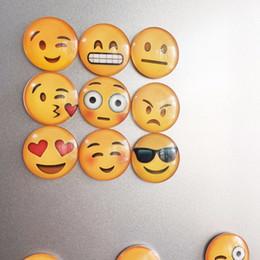 aimants super forts n52 Promotion 1 pc Verre Dôme Rond Mignon Sourire Emoji Visage Expressions Autocollant De Réfrigérateur Aimant De Réfrigérateur Porte-Message Accessoires De Noël