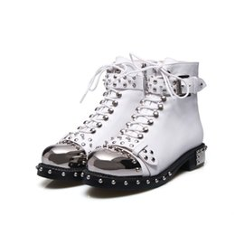 Großhandel 2018 Neue T Bühne Catwalk Schuhe Liu Nagel Europa