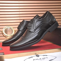 Formal Dress Shoes for Men PRA Office Flats Business Footwears Italy Trend Luxury  Leather Casual Lace Up Work Comfortable Flats Moccasins e581f51257d
