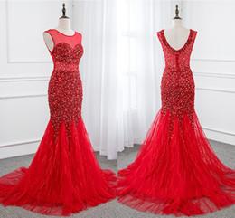 2019 vestidos de sotaque vermelho Vestidos Elegantes Meninas O Pescoço Aberto Voltar Sereia Acentuada Bling Beading Tule Vermelho Longo Formal Vestidos de Noite Para As Mulheres Prom Vestidos Vestidos vestidos de sotaque vermelho barato