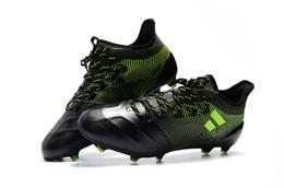 scarpe calcio senza lacci spot