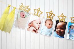 1 Birtyday Glitter Fotoğraf Garland Bir Yıl Kız Erkek Milestone Fotoğraf Sahne Bayrağı Aylık Fotoğraf Afiş Bebek Sadece Doğan Parti Favor cheap photo flags nereden fotoğraf bayrakları tedarikçiler