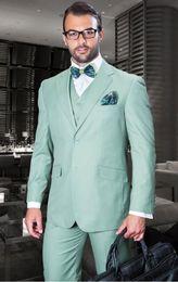 cravatta verde chiaro giubbotto Sconti Handsome Groomsmen Notch Smoking dello smoking del risvolto Abiti da uomo verde chiaro / Prom. Blazer del miglior uomo (Giacca + Pantaloni + Vest + Tie) A213