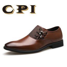 Chaussures habillées homme noir en Ligne-CPI Brand 2018 New Chaussures habillées pour hommes Taille 38-48 Noir classique Point Toe Oxfords pour hommes Mode Hommes Business Party Shoes ZY-07