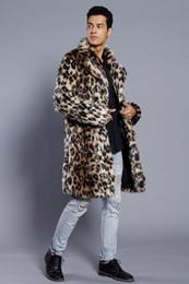 Männer-leopard-druckjacke online-Mode Männer Winter Kunstpelz Jacke Druck Leopard Langarm Revers Kragen Dicke Warme Mode Mann Mantel Lange Plus Größe 3XL Heißer Verkauf