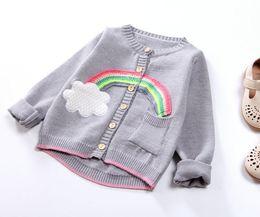 Sevimli Kız Gökkuşağı Hırka Kazak 2019 Güz Kış Çocuklar Butik Giyim 2-7Y Küçük Kızlar Düğme Uzun Kollu Örgü Giyim Tops nereden hırka gökkuşağı tedarikçiler