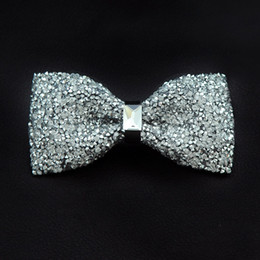 gold bowties Promo Codes - 2018 Mens Rhinestones Bow Ties Shiny Diamond Neck Tie Silver Gold Men Fashion Bow Tie Wedding Party Butterfly Bowties A62