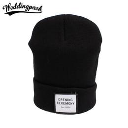 2019 cappelli di cerimonia Cappelli donna beanie in cotone lavorato a  maglia moda CERIMONIA APERTURA Cappelli 97959276f4f0