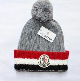 cappelli n cappellini Sconti 12 colori unisex autunno inverno MON berretti a maglia cappello designer caldo berretti spessi gorro berretto per uomo donna uncinetto sci cranio berretto NS