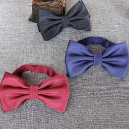Cravatte di nozze viola online-Farfalla a farfalla ad alta densità 1200 per gli uomini d'affari bowknot matrimonio 15 colori rosso nero blu viola papillon 2 pz / lotto