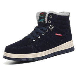 Botas de piel azul online-Botas de PU Hombre Moda Piel Botas de nieve cálidas Tobillo masculino Invierno Otoño Botas Casual Caqui Azul Hombres Zapatos