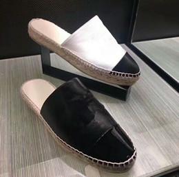 Donne in pelle vera pelle estate online-Designer Donna Pelle Vera pelle di agnello Espadrillas Pantofole piatte Scarpe Estate Slipper Loafer Size EUR34-42 Con scatola