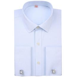 2019 camisas de vestido algemadas francesas Camisas de Vestido dos homens French Cuff Azul Branco de Manga Comprida Business Casual Camisa Slim Fit Cor Sólida Francês Abotoaduras Listrado Camisa C18111601 desconto camisas de vestido algemadas francesas
