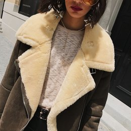 Wholesale Women Winter Coats Uk - UK 2017 Autumn Winter New arrivial Women High street Wool Faux fur Coat Thick Warm Short Jacket casaco feminino