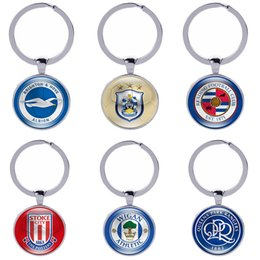 Wholesale Team Sports Accessories - Football Club Keychain Soccer Fans Souvenir Gifts Glass Cabochon English Teams Logo Car Key holder Accessories Sports Keyings Wholesale