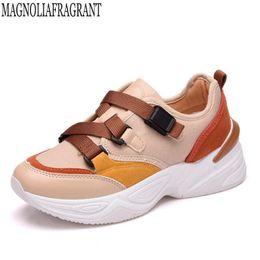 5ea9076ded237 2019 novas Mulheres Da Moda Sapatos Vulcanizados Sneakers Senhoras Fivela  Sapatos Casuais Respirável Andando Canvas zapatos mujer c364 à venda lona  sneakers ...