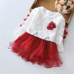 petali di fiori di autunno Sconti Hot Lace Flower Princess Dress 2018 Autunno Girl Dress Petali manica lunga cucitura nastro Ragazze vestiti 2 pezzi