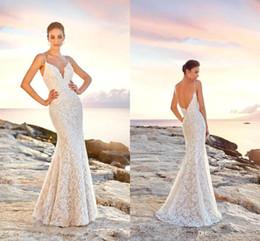82dfd89a336b 2019 merletto elegante del vestito pieno 2019 Sexy Avorio Backless Mermaid Abiti  da sposa Cinghie Spaghetti