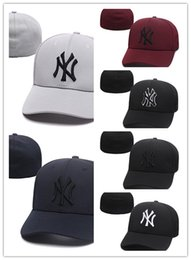 Wholesale vogue balls - 2018 high quality Basketball Football Baseball Hip pop Funny Adjustable Vogue Snapback Cap Hat for Men and Women free shipping