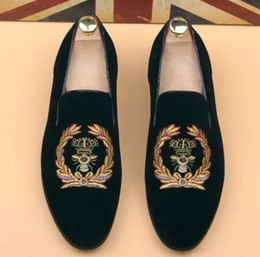 Wholesale Black Embroidered Dress - Promotion New spring Men Velvet Loafers Party wedding Shoes Europe Style Embroidered black Velvet Slippers Driving moccasins AXX709