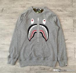 2018 La mejor calidad Nuevo Gris Un baño Un mono Bap Cabeza de tiburón Deportes ocasionales Sudadera con capucha Suéter de manga larga desde fabricantes