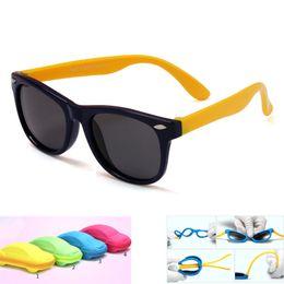 kinder gläser fällen Rabatt Mit case kinder hd polarisierte sonnenbrille kinder sonnenbrille polaroid sonnenbrille für mädchen jungen baby brille retro eyewear