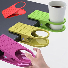 2019 porta plastica Tavolo Edge Clip Plastic Originalità Multicolors Large Office Kitchen Accessori per desktop Salva spazio Cup Holder Decor T2I231 pratico porta plastica economici