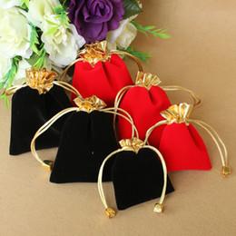 4 tailles velours perlé cordon poches noir et rouge sac d'ornement Emballage de bijoux sacs de cadeaux de Noël ? partir de fabricateur